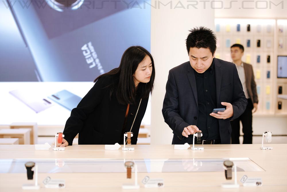 Huawei inaugura tienda en Plaza Catalunya Barcelona
