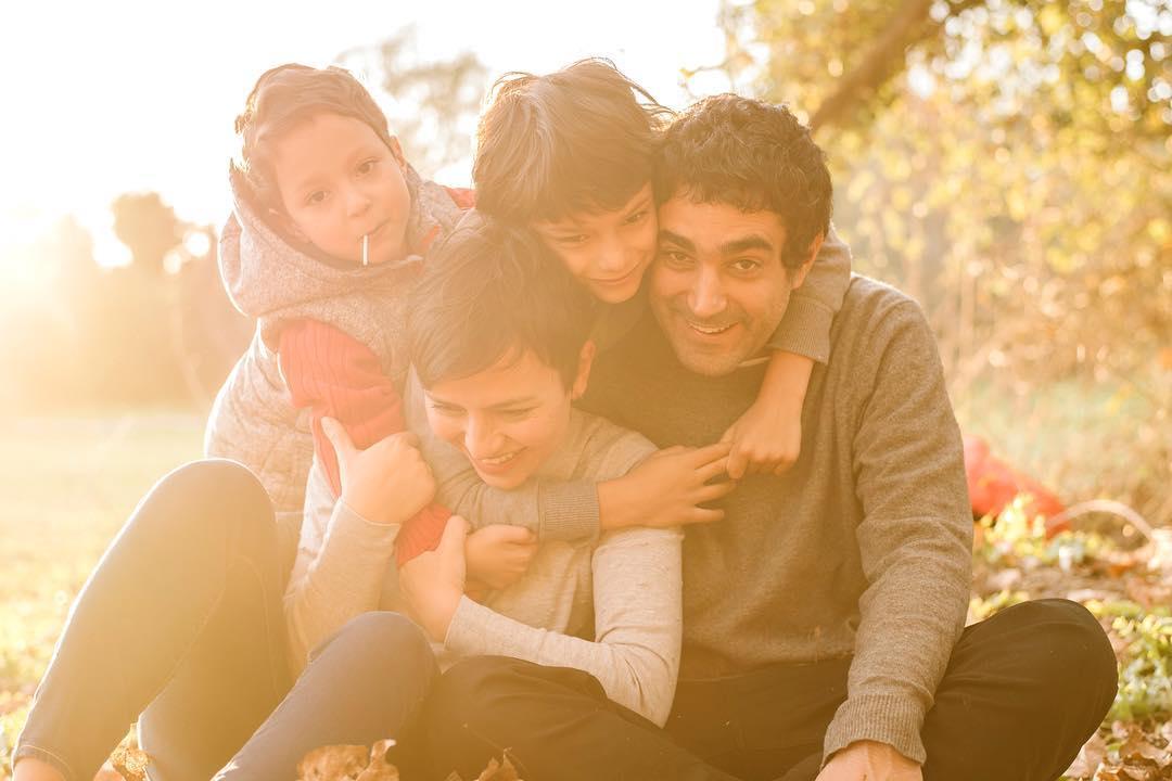 Sesiones de fotos en familia, Sesiones de fotos en familia con el fotógrafo Christyan Martos, precios de sesión de sesiones de fotos exteriores, nikon D850, sesion de fotos en exteriores